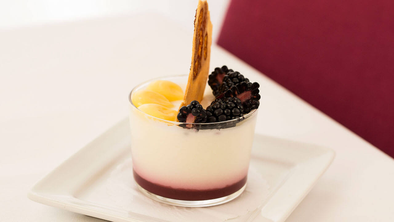 blackberry panna cota